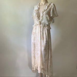 June & Hudson Floral Deep V Ruffle Hi-lo Dress